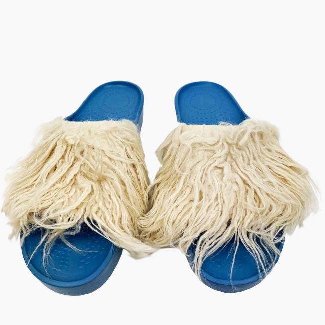 Декоративна накладка на Шльопанці O shoes лама Слонова кістка