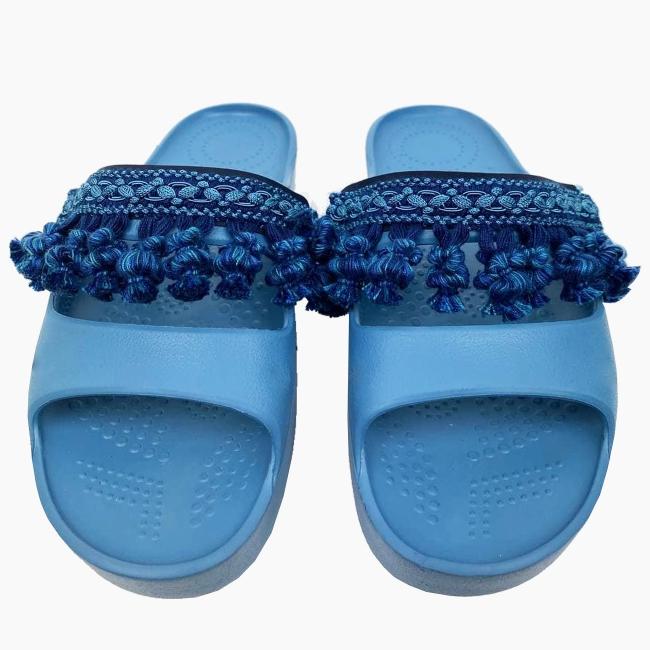 Декоративна накладка на Шльопанці O shoes з китицями Синій