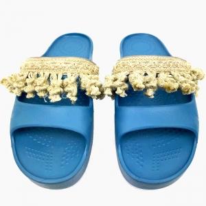 Декоративна накладка на Шльопанці O shoes з китицями Натуральний