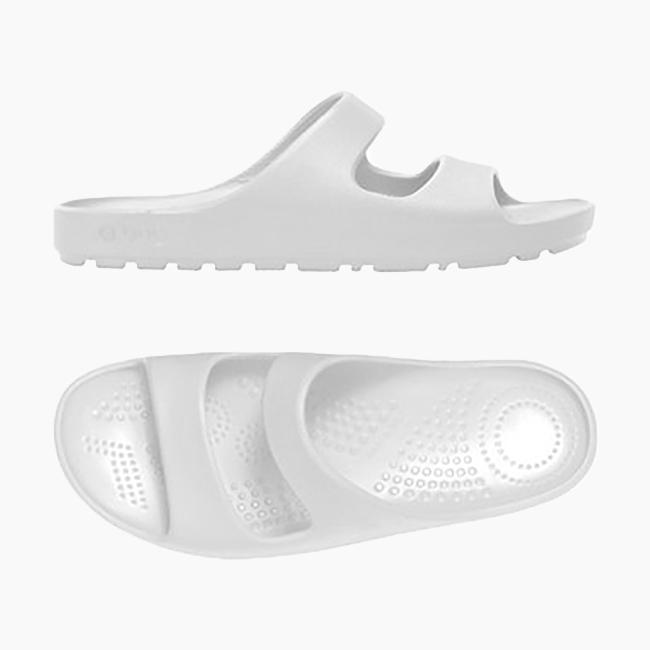 Шльопанці O shoes на низькій платформі чоловічі Білий OSHSU002EVS00008