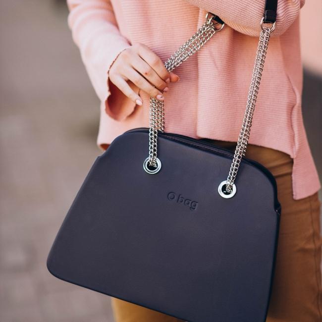 Жіноча сумка O bag reverse   корпус темно-синій, підкладка текстиль, довгі ручки-ланцюжки